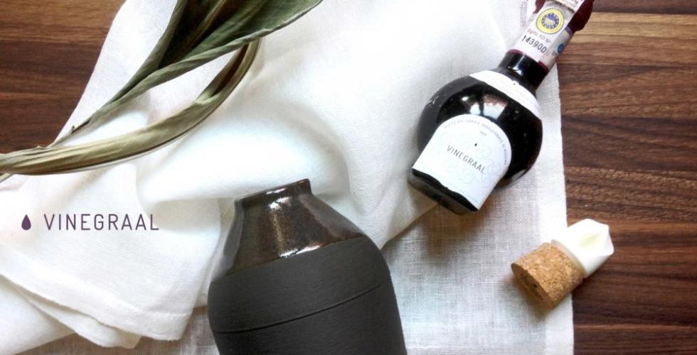 Botellas de porcelana impresas en 3D para VINEGRAAL